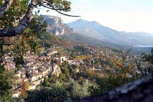 Moustiers-Sainte-Marie - Crea Langues